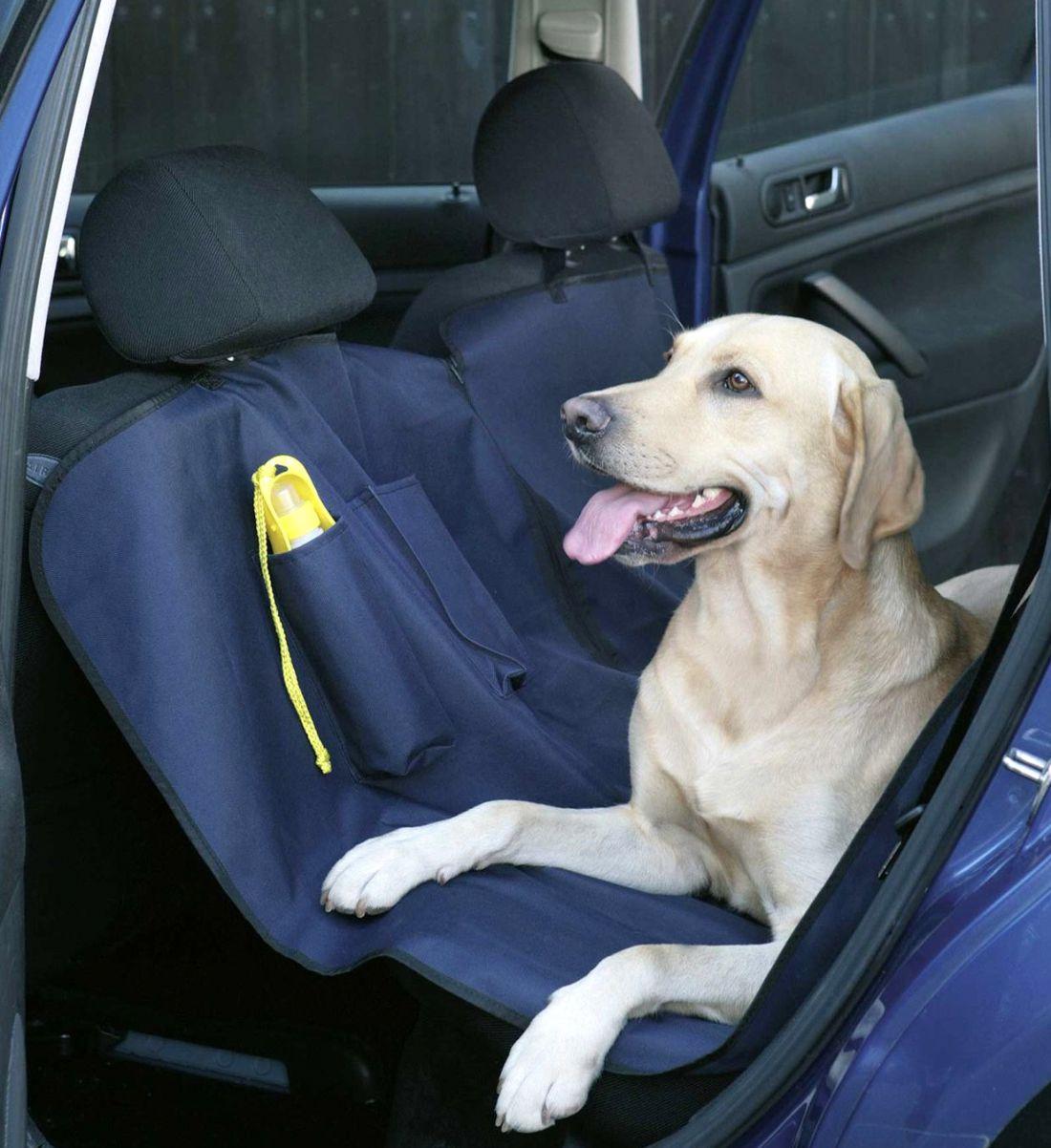 Üléskímélő védőtakaró, kutyák szállításához